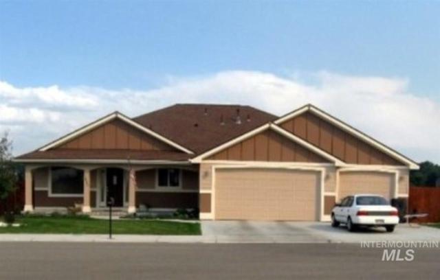 1800 SW Silverstone Avenue, Mountain Home, ID 83647 (MLS #98729797) :: Boise River Realty