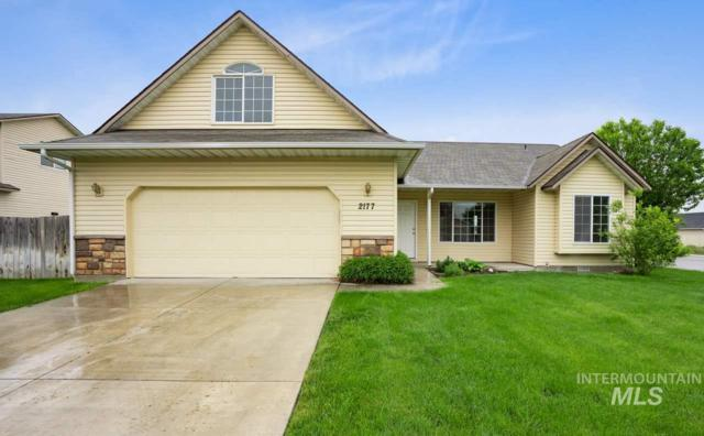 2177 W Lake Pointe Ct, Nampa, ID 83651 (MLS #98730164) :: New View Team