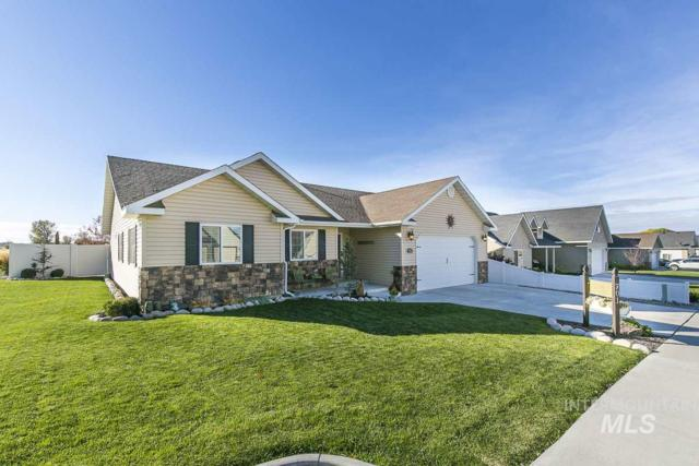 701 Pine St, Filer, ID 83328 (MLS #98730340) :: Minegar Gamble Premier Real Estate Services