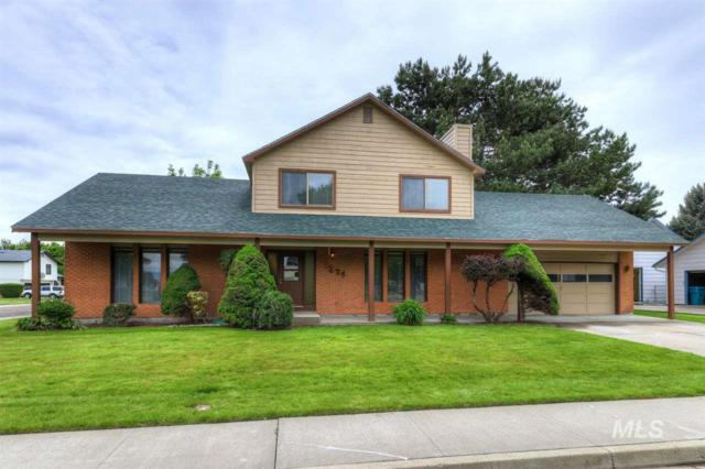 1275 Holiday Drive, Mountain Home, ID 83647 (MLS #98730491) :: Juniper Realty Group