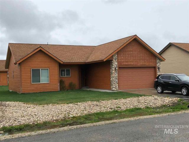 38 Timberline Dr, Donnelly, ID 83615 (MLS #98730617) :: Boise River Realty