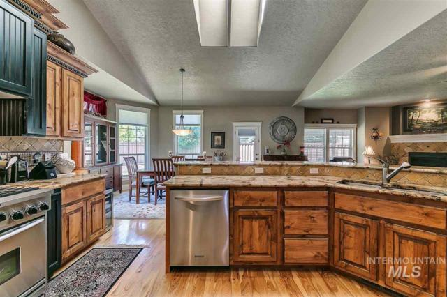4813 S Townsend Place, Boise, ID 83709 (MLS #98730765) :: New View Team