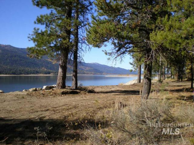 205 Pintail Place, Donnelly, ID 83615 (MLS #98730861) :: Idahome and Land