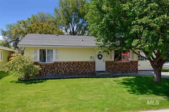 405 Parkhurst Dr, Caldwell, ID 83605 (MLS #98730912) :: New View Team