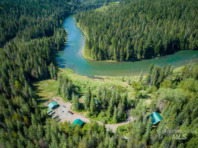 2454 E River Road, Priest River, ID 83856 (MLS #98730914) :: Boise River Realty