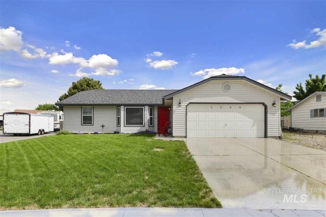 3244 S Laurelhurst Pl., Boise, ID 83705 (MLS #98731262) :: Team One Group Real Estate