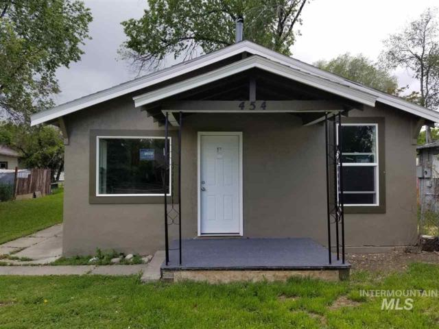 454 5th Ave East, Twin Falls, ID 83301 (MLS #98731694) :: New View Team