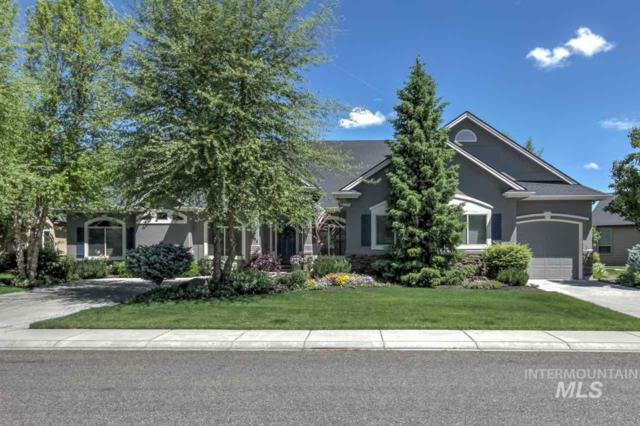 894 W Oakhampton Dr, Eagle, ID 83616 (MLS #98732477) :: Jon Gosche Real Estate, LLC