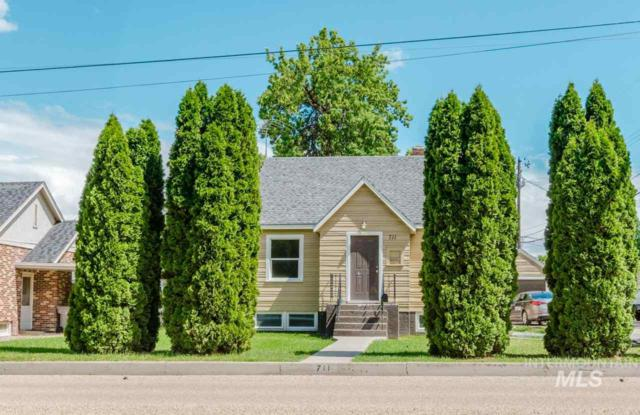 711 S 10th Ave., Caldwell, ID 83605 (MLS #98732833) :: Alves Family Realty