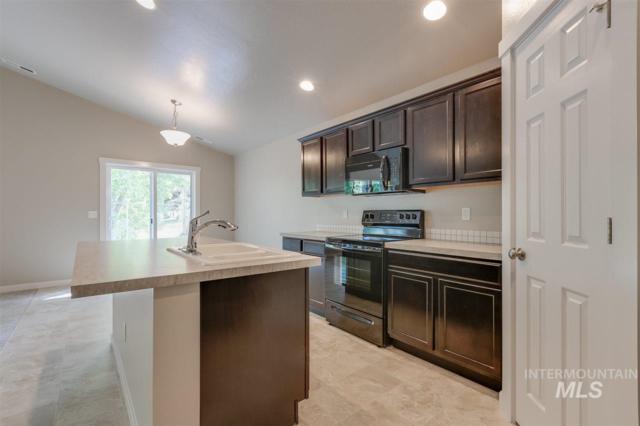 10620 Hot Springs St., Nampa, ID 83687 (MLS #98733191) :: Jon Gosche Real Estate, LLC