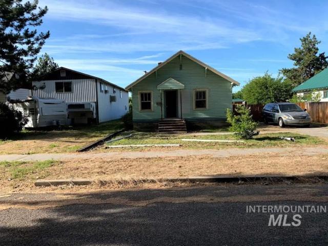 411 W 2ND ST, Emmett, ID 83617 (MLS #98733525) :: Boise River Realty
