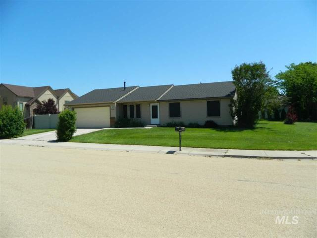 2558 N Voyager Ave, Meridian, ID 83646 (MLS #98733692) :: Full Sail Real Estate