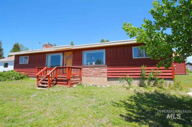 303 E Pine Street, Cascade, ID 83611 (MLS #98733697) :: Boise River Realty