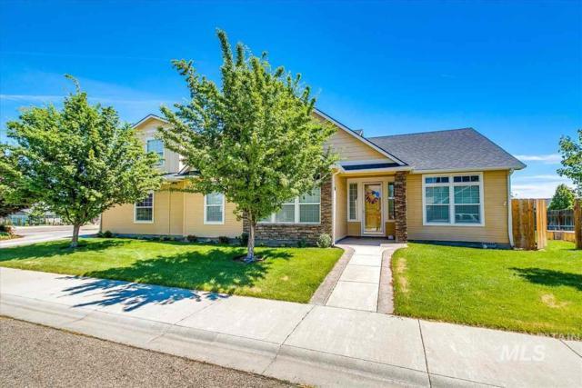 1780 N Calaveras Dr, Kuna, ID 83634 (MLS #98733730) :: Givens Group Real Estate