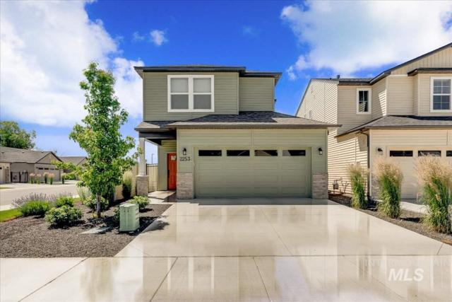 2253 E Ringneck St, Meridian, ID 83646 (MLS #98733759) :: Jackie Rudolph Real Estate