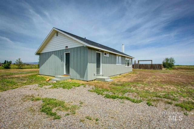 7020 SW Jarvis, Mountain Home, ID 83647 (MLS #98733777) :: Alves Family Realty
