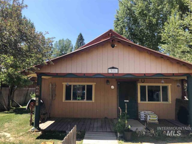 311 Montgomery, Idaho City, ID 83631 (MLS #98733792) :: New View Team