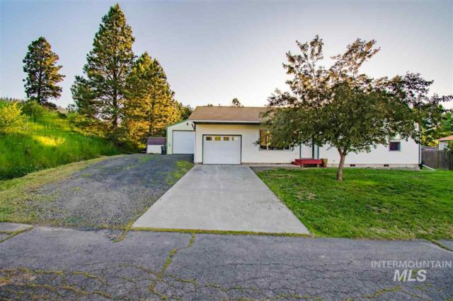 1003 Victoria Ct., Moscow, ID 83843 (MLS #98733951) :: Team One Group Real Estate