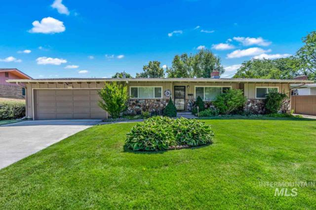 3032 N Ustick Circle, Boise, ID 83704 (MLS #98733984) :: Silvercreek Realty Group