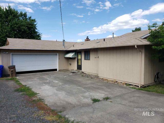 1717 Cedar Ave, Lewiston, ID 83501 (MLS #98734068) :: New View Team