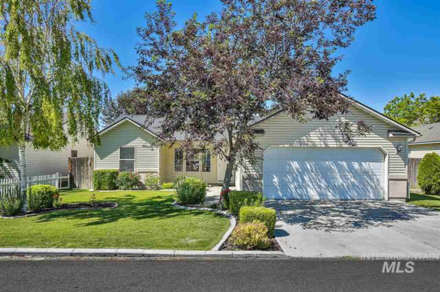 549 Clover Ave, Twin Falls, ID 83301 (MLS #98734069) :: New View Team