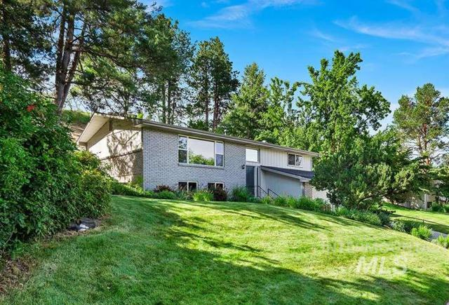 1003 W Ranch Road, Boise, ID 83702 (MLS #98734421) :: Givens Group Real Estate