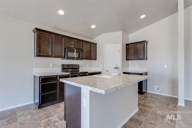 2601 Quaking Ct., Caldwell, ID 83607 (MLS #98734870) :: Bafundi Real Estate