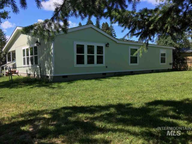1032 Juliene Way, Moscow, ID 83843 (MLS #98734894) :: Bafundi Real Estate