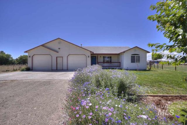 21313 W Harmony Lane, Greenleaf, ID 83626 (MLS #98735000) :: Epic Realty