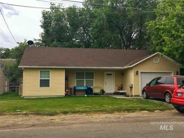 1516 E 3rd Avenue, Twin Falls, ID 83301 (MLS #98735354) :: New View Team