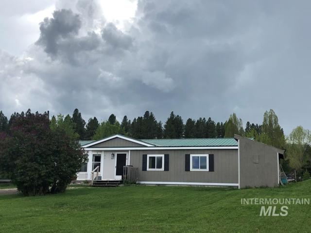 305 N Overlook Ave, Cascade, ID 83611 (MLS #98735665) :: Boise River Realty