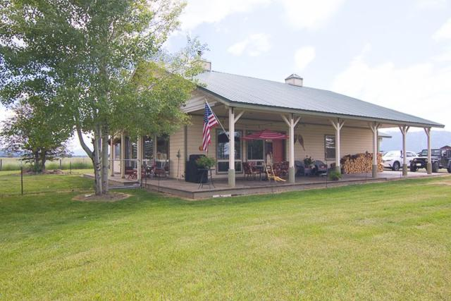223 Titus Lane, Donnelly, ID 83615 (MLS #98736659) :: Bafundi Real Estate