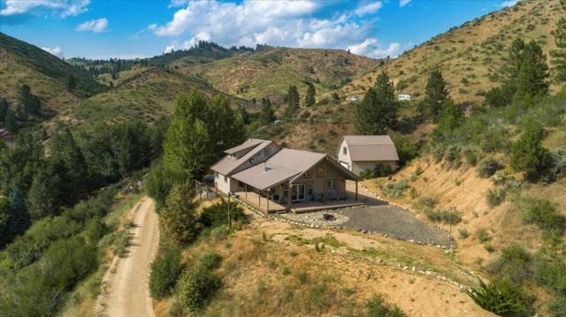 318 Robie Creek Rd, Boise, ID 83716 (MLS #98736799) :: Jon Gosche Real Estate, LLC
