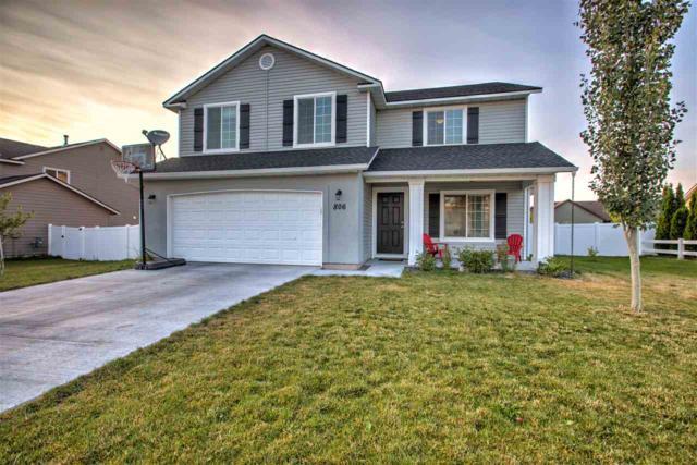 806 Kelli Lane, Filer, ID 83328 (MLS #98736859) :: Boise River Realty