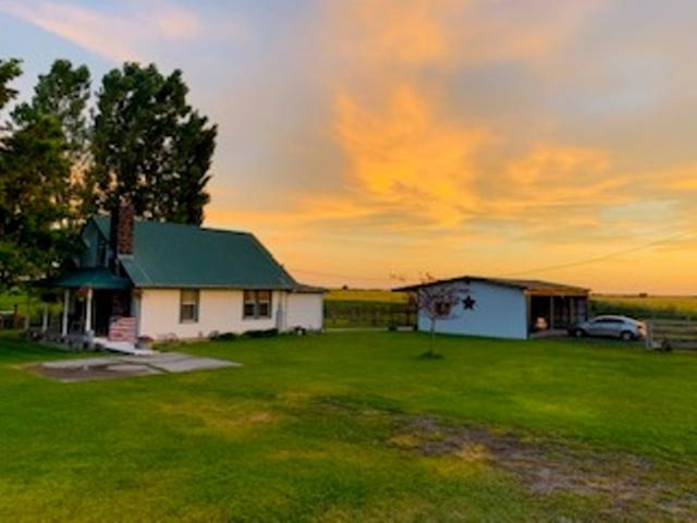1853 E 1400 S, Gooding, ID 83330 (MLS #98736995) :: Boise River Realty