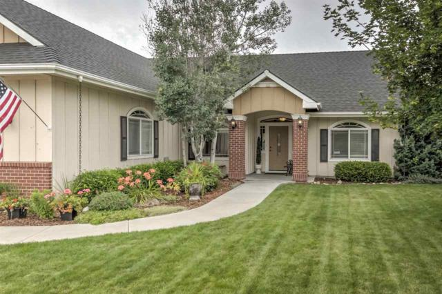697 S Aries Ave, Star, ID 83669 (MLS #98737070) :: New View Team