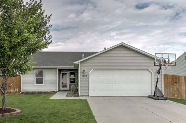 1043 S Bobby Ave, Kuna, ID 83634 (MLS #98737163) :: Team One Group Real Estate