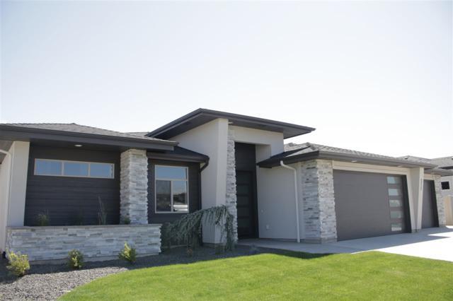 511 W Oak Springs, Meridian, ID 83642 (MLS #98737231) :: Team One Group Real Estate