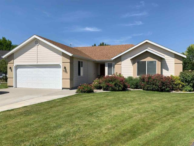 1576 Brookside Loop, Twin Falls, ID 83301 (MLS #98737514) :: Alves Family Realty