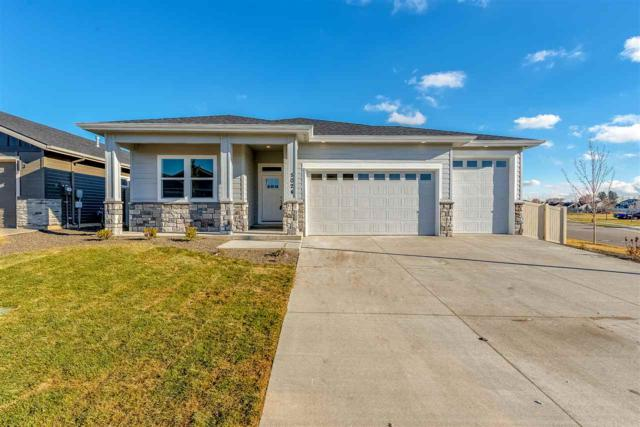 4115 S Lava Springs Loop, Nampa, ID 83686 (MLS #98737577) :: Alves Family Realty
