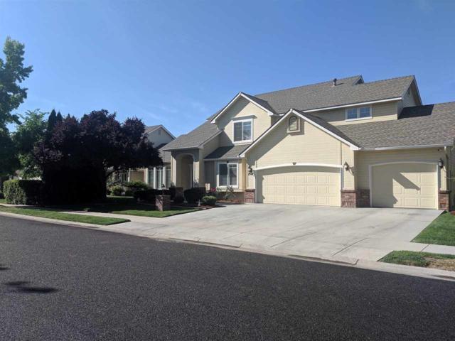 2547 N Crooked Creek Way, Meridian, ID 83646 (MLS #98737682) :: Juniper Realty Group