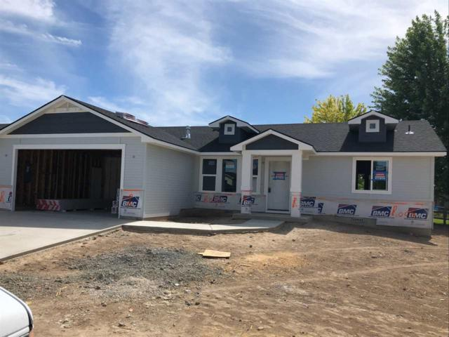 725 Chance, Caldwell, ID 83605 (MLS #98737726) :: Juniper Realty Group