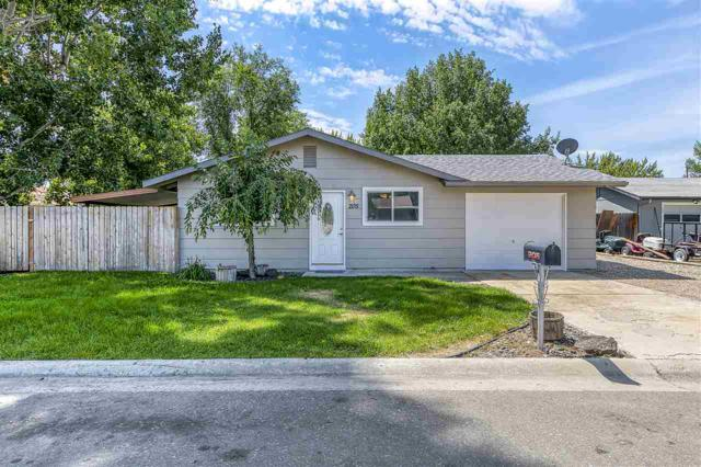 205 Nelson Ct, Middleton, ID 83644 (MLS #98737819) :: Minegar Gamble Premier Real Estate Services