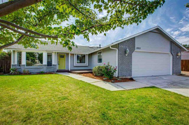 1223 W Darrah Drive, Meridian, ID 83646 (MLS #98737905) :: Jon Gosche Real Estate, LLC