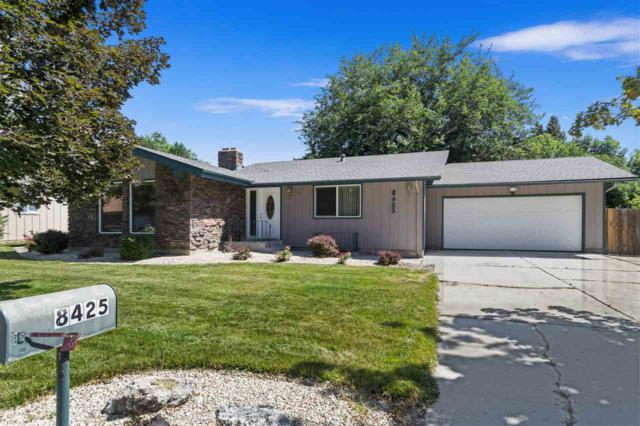 8425 W Crestwood Dr, Boise, ID 83704 (MLS #98738192) :: Jon Gosche Real Estate, LLC