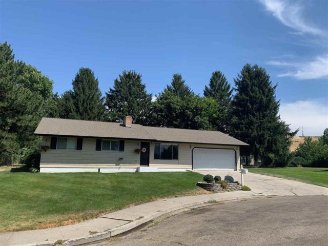 107 Hill Place, Payette, ID 83661 (MLS #98740700) :: New View Team