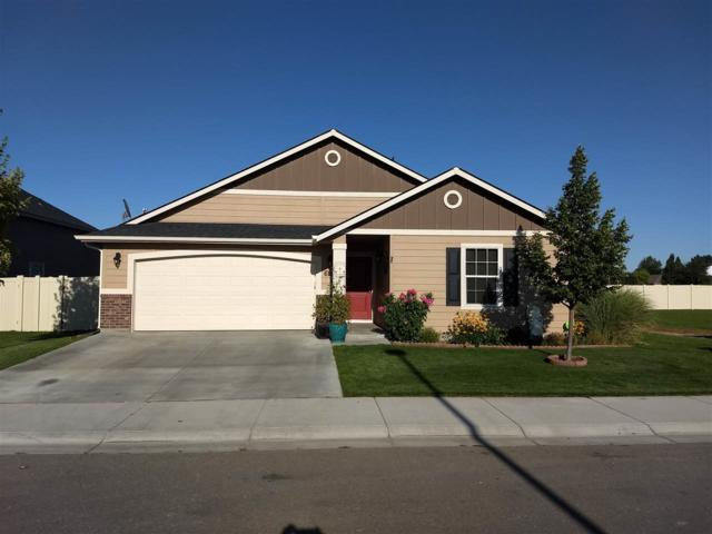 6182 N Seacliff Ave, Meridian, ID 83646 (MLS #98740839) :: New View Team