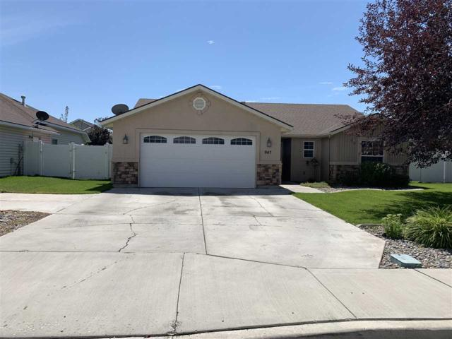 947 N College Rd W, Twin Falls, ID 83301 (MLS #98740948) :: Jon Gosche Real Estate, LLC