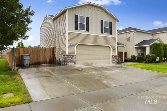1822 W Dew Mist Dr, Nampa, ID 83651 (MLS #98744383) :: New View Team