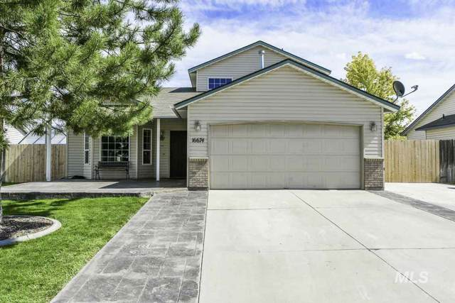 16674 Sadie Ave, Caldwell, ID 83607 (MLS #98744680) :: New View Team